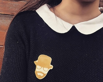 Wooden brooch / model PREPPY