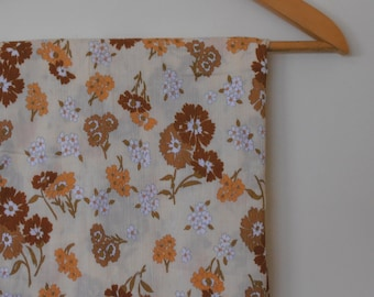 flowers in natural colours...vintage John Kaldor cotton cheesecloth yardage