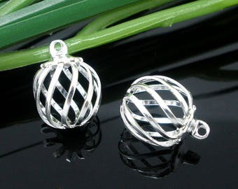 1 bead cage iron can be used alone or containing another bead
