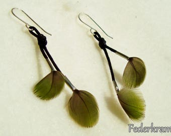 small green parrot feather earrings, handmade nickel-free Federkram