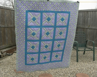 Quilt, Spinners in Purple and Blue with Floral