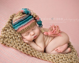 Seashell - Bumpy Tassel Stocking Hat