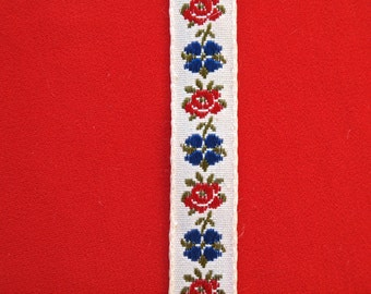 Vintage Embroided Red and Blue Floral Trim