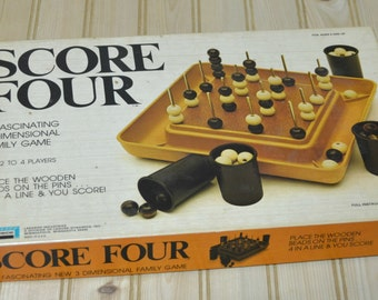 Vintage Score Four Deluxe Game Lakeside 3 Dimensional Family Game  1975 Made in USA