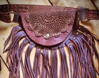 Hipbag - Sun brown with lace and long fringes