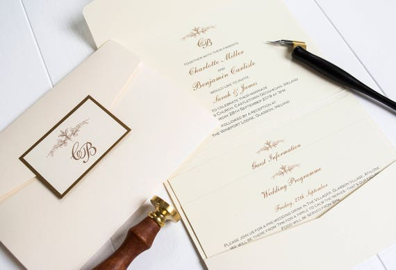 Elegant Monogram Wedding Invitations: Elegant Pocketfold Wedding Invitations / Monogram / Classic