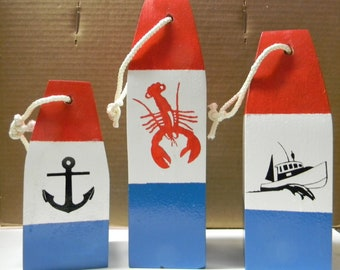 Maine -made lobster buoys set of 3 in different sizes