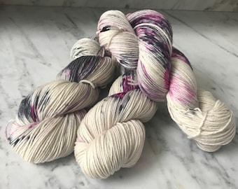 "DK 4 ply 100% New Merino Wool yarn ""Ravishing"""