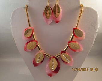 Gold Tone Chain Necklace with Pink and Gold Bead and Clear Rhinestones Pendants with Matching Earrings