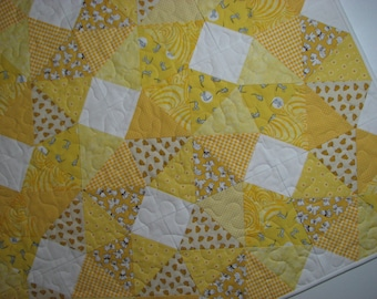 """Yellow Baby Quilt, Vintage Look Baby Quilt, Kaleidoscope Quilt, 40"""" x 40"""", Quiltsy Handmade"""
