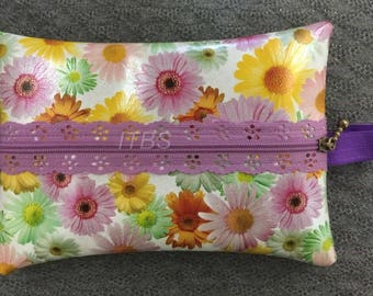 5x7 exposed zipper pouch