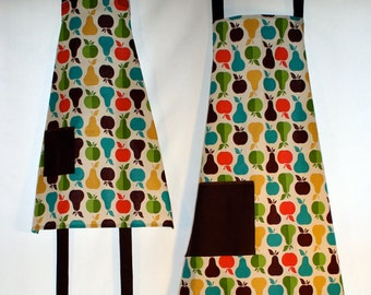 Apples and Pears Matching Mother/Child Apron Set