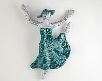 ballerina gift, ballerina decor, Metal wall art, home decor, woman dancing, wall hanging, wire mesh sculpture