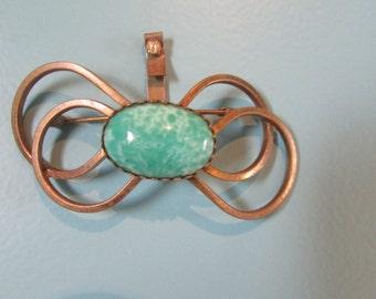 Vinatge brooch 1950's, a green beauty.