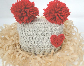 Pompom Baby Hat, Newborn Baby Hat, Gray Red Pompom and Heart , Hospital Photo Prop, Baby Gift, Baby Shower