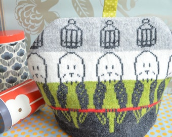 Knitted Budgie Bird Tea Cosy/Cozy