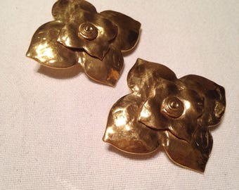 YVES SAINT LAURENT - clip on earrings goldtone vintage 90's