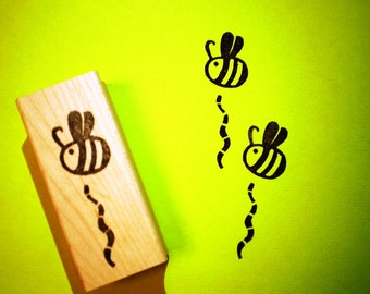 Bee rubber stamp - hand carved and hand crafted