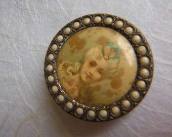 Distressed Antique French Portrait Button