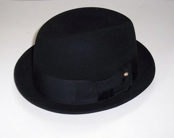 Vintage Black Felt Fedora, Size 7, made in New York by Harold The Hatter.