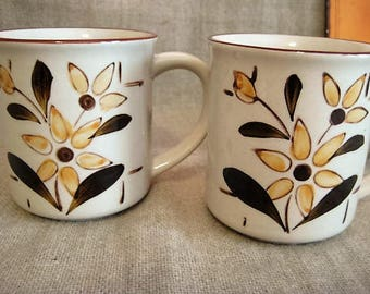 Vintage German Floral Mugs  / Pair of 70's Small Coffee Mugs / Handgemalt Floral Coffee Mug