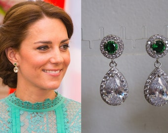 Kate Middleton Duchess of Cambridge Inspired Replikate Tear Drop Silver Emerald Green Clear Crystal Pavé Earrings