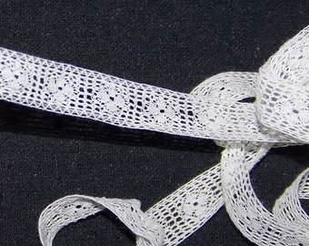"VINTAGE Antique 1/2"" W  Insertion Lace Trim"