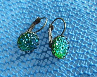 Color changing  Aqua to  green  Lever back  Earrings