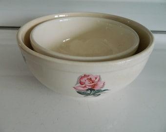 Universal Ballerina mixing bowl set / serving bowls