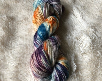 """Hand-dyed """"Tropical Sunrise"""" 100% worsted weight wool yarn MombieLand"""