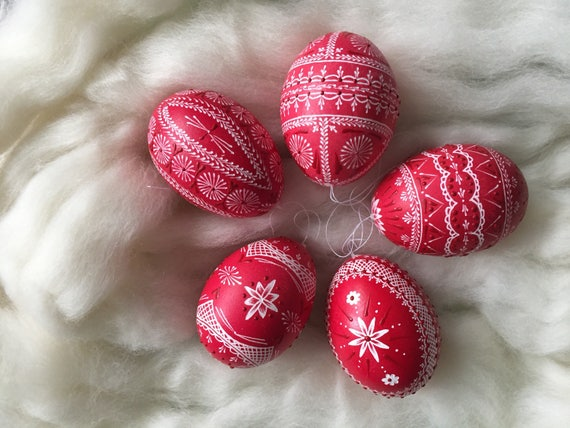 Easter eggs, Sorbian easter eggs, engraved easter eggs