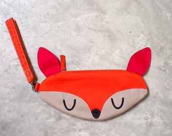 Deer Purse, Deer Pouch, Deer Wrist Clutch, Deer Wristlet, Doe-A-Deer, ORANGE Color