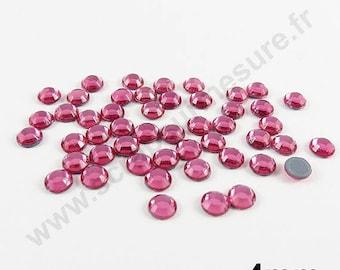 Fusible rhinestones - pink - 4mm - x 50pcs
