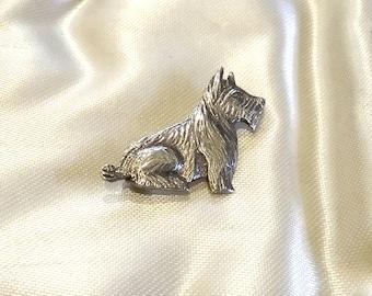 Silver Scottie Dog Brooch c1930