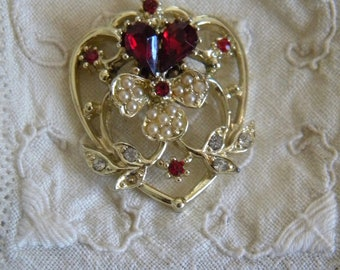 Beautiful Vintage Heart Pendant Red with Gold Tone 1.75""