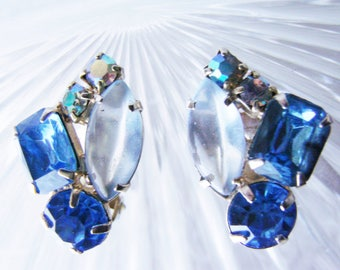 Vintage Rhinestone Clip Earrings / Aurora Borealis / Sapphire Blue / Jewelry / Jewellery