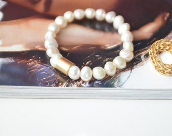 Freshwater Pearl Bracelet, Bridal Jewelry, Trending jewelry resin jewelry gift for her