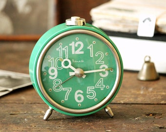 Vintage Alarm Clock - Rare USSR Clock - Birthday Gift - Coworker Gift - Retro Clock - Soviet Clock - Mechanical Green Clock - Wind Up Clock