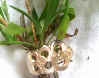 Handmade antique spoon ring wth floral detailing. One of a kind piece with feminine ad Bohemian inspiration.