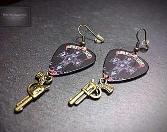Guns N Roses Earrings, Gift For Her, Cowgirl Earrings, Plectrum Earrings, Gothic Earrings, Guitar Pick Earrings, Gun Earrings, Guns N Roses
