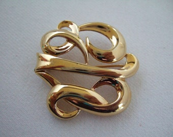 Vintage Jewelry Monet Gold Plated Brooch Gifts under 20 Elegant Scroll Design Pin Cool Gifts for Her Birthday Present or Christmas Presents
