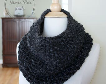 Knit Infinity Scarf, Knit Cowl, Knit Neckwarmer, Chunky Knit Scarf, Chunky Knit Cowl // The LILIA