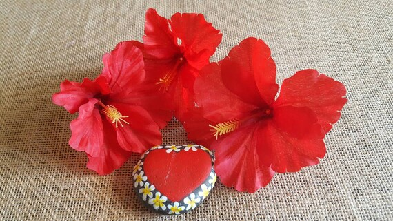 Red hibiscus tropical flowers silk flowers set of three loose red hibiscus tropical flowers silk flowers set of three loose flowers from artandhula on etsy studio mightylinksfo Gallery