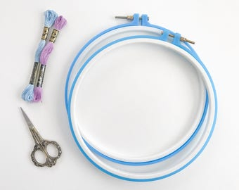 9 inch Embroidery Hoop, Plastic Embroidery Hoops, Cross Stitch Hoop, Embroidery Frame, Plastic Hoop Frames, Needlepoint Hoops, Crewel Hoops