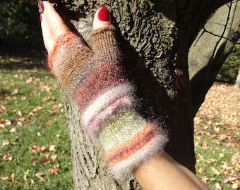 lururious handmade mittens, knitted with angora, mohair and silk