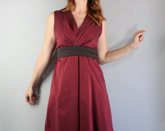 Summer Fall Dress, Minimal, Sleeveless, Knee Length, Burgundy Brown, Wedding Guest, Day Dress, Spring, Cotton, Size Medium. FREE SHIPPING