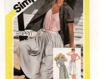 "A Full Gathered Skirt, Front Button Camisole, and Yoked Short Sleeve Shirt Pattern for Women: Uncut - Size 12, Bust 34"" • Simplicity 6037"