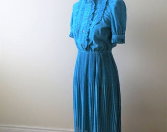 70s Turquoise Dress Pleated Short Sleeve Button Down Women Size XS to Small