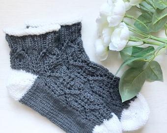 House Socks knitting pattern