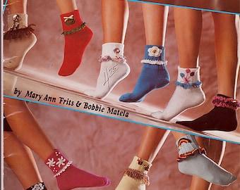 Sock Trims in Thread Crochet Pattern American School of Needlework 1078